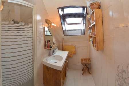 a vendre joli studio 28 47 m centre ville france. Black Bedroom Furniture Sets. Home Design Ideas